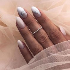 Make an original manicure for Valentine's Day - My Nails Almond Acrylic Nails, Almond Nails, Bride Nails, Wedding Nails, Cute Nails, Pretty Nails, Hair And Nails, My Nails, Nail Designer
