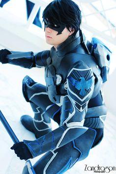 Cloudbreak Cosplayis Nightwing | Photo by Zandragon Photography