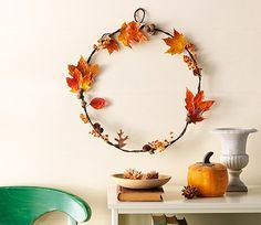 Use woodsy finds to make a wall accent with elegant autumn flourish. This seasonal DIY fall wreath looks beautiful from September through November. Christmas Mesh Wreaths, Diy Fall Wreath, Autumn Wreaths, Fall Diy, Spring Wreaths, Summer Wreath, Fall Home Decor, Autumn Home, Diy Garland