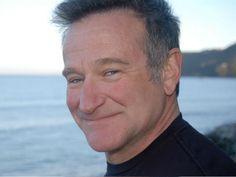 """No dia 14, domingo, o ator e comediante norte-americano Robin Williams (1951 - 2014) recebe uma homenagem no projeto """"Cine Ciência"""", que aborda a interface entre cinema e ciência a partir da exibição de um filme comentado por um especialista da área."""