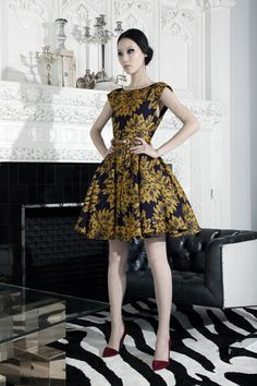 I want a dress like this for the Queen's Cup Horse Race - let's help me find something this style!
