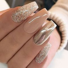 Chrome Nails Designs, Acrylic Nail Designs, Cool Nail Designs, Nail Designs With Glitter, Rose Nail Design, Manicure Nail Designs, Awesome Designs, Manicure Ideas, Solid Color Nails