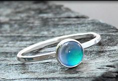 Small, simple mood ring