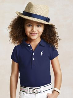 So grown up and preppy. Would fit right in if I stayed in this city. Idk about the hat...emm no