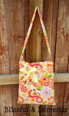 Me thinks I need to make one of these for church. Primary's taking over all of my church bag!
