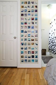 photos on wall \ photos on wall ideas ; photos on wall ; photos on wall ideas bedrooms ; photos on wall ideas living room ; photos on wall bedroom ; photos on wall ideas without frames ; photos on wall without frames ; photos on wall aesthetic Photowall Ideas, Polaroid Wall, Polaroid Photos, Polaroid Display, Polaroid Pictures Display, Polaroids On Wall, Polaroid Collage, Polaroid Cameras, Ideas Geniales