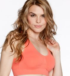 Add some color with a vibrant coral Genie Bra from the Brights Set #seamlessbra #seamless #colorbra