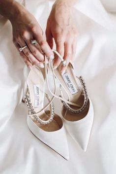 Wedding Flats For Bride, Designer Wedding Shoes, White Wedding Shoes, Wedding Shoes Heels, Bride Shoes, Best Wedding Shoes, Designer Shoes Heels, Bridal Heels, Jimmy Choo Shoes