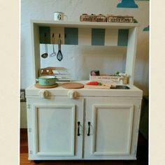 カラーボックスのおままごとキッチン