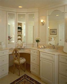 28 Ideas For Makeup Vanity Corner Master Bath Bathroom With Makeup Vanity, Corner Bathroom Vanity, Master Bathroom Vanity, Corner Makeup Vanity, Vanity Mirrors, Vanity Area, Bathroom Layout, Bathroom Vanities, Bathroom Renos