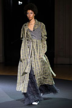 Beautiful People Spring 2018 Ready-to-Wear Fashion Show Collection