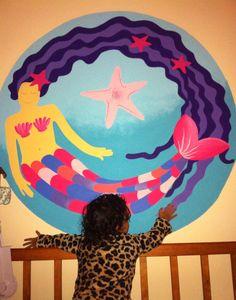 Baby room paint!! Sirena pintada a mano