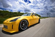 Nissan 350Z on Sevas Forged R77 #350z #cars #yellow