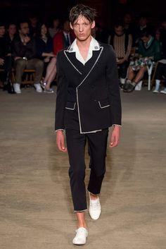 Alexander McQueen Spring 2016 Menswear Collection Photos - Vogue