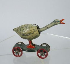 1900s Distler/Meier German Tin Penny Toy Goose w/Bobbing Head Great Litho!
