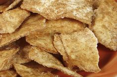 "Our delicious whole grain cinnamon pita chips recipe is sure to satisfy any ""sweet"" craving, and it's made with clean ingredients. Ww Recipes, Gourmet Recipes, Snack Recipes, Cooking Recipes, Healthy Recipes, Healthy Menu, Mexican Recipes, Clean Recipes, Fall Recipes"