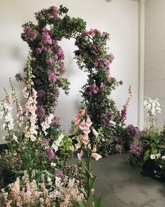 40 Larger Than Life Floral Installations for Weddings ⋆ Ruffled Wedding Ceremony Decorations, Ceremony Backdrop, Wedding Aisles, Wedding Backdrops, Wedding Ceremonies, Wedding Reception, Floral Wedding, Wedding Flowers, Garden Wedding Inspiration