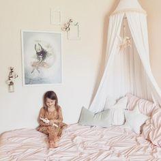 Mrs. Mighetto girls room inspiration, fauna lune unicorn mobile, kids room decor, blush pink girls room