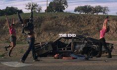Death Proof - Rosario Dawson, Tracie Thoms, Kurt Russell, Zoe Bell