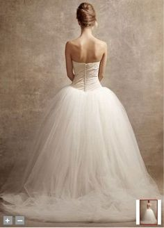 back of the vera wang.. so pretty!