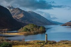 Welcome to the magical place that is Loch Shiel in the Scottish Highlands. Harry Potter fans may know this is the fictional Black Lake, featured in the films. Just breathtaking, @micagius! #Highlands #LochShiel #Loch #Glenfinnan #Monument #Magic #HarryPotter #FilmLocations #Mountains #ScotSpirit #VisitScotland #LoveScotland