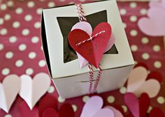 Red Velvet Cupcakes #gift #kidfriendly
