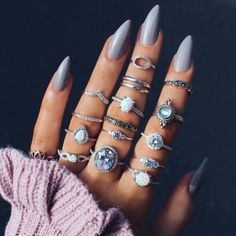 #nails #grey #greynails