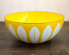 8 Cathrineholm Norway Yellow & White by WillowSophiaAntiques
