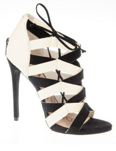 The Five Fall Accessory Trends We Can't Wait to Wear - Black and White Sam Edelman heels