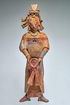 Figure féminine 2. Céramique, Provenance inconnue © Museo Regional de Antropología, palais Cantón, Mérida, Yucatán, Mexique Photographe: Ignacio Guevara