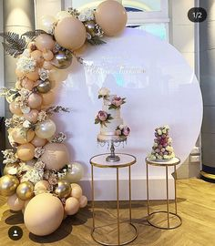 Farhana's nikkah! 😍 Loved working with the bride to make her nikkah ceremony simple yet elegant. Worked to provide a perfect champagne decor to make her day memorable. What are your thoughts on this? Balloon Backdrop, Balloon Garland, Balloon Decorations, Birthday Party Decorations, Baby Shower Decorations, Wedding Decorations, Birthday Parties, 21st Birthday, Wedding Balloons