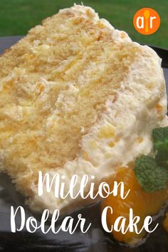 Million Dollar Cake This Cake Is Indescribably Good. The Topping Reminds Me Of Ambrosia Fruit Salad And I Could Eat It With A Spoon Köstliche Desserts, Delicious Desserts, Yummy Food, Health Desserts, Easy Apple Desserts, Hawaiian Desserts, Vanilla Desserts, Fluff Desserts, Moist Vanilla Cake