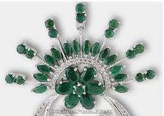 Emerald Neckpiece