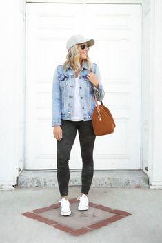 6 Ways To Wear Spanx Camo Leggings Camo Leggings Outfit, Red Leggings, Leggings Fashion, Fall Outfits, Casual Outfits, Fashion Capsule, Spanx, White Denim, Women's Camo