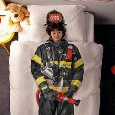 Sábanas bombero. funda de edredón conjunto con la impresión fotográfica de un traje de bombero.