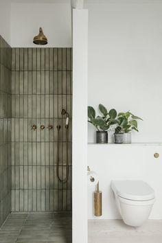 Bathroom Inspo, Bathroom Inspiration, Bathroom Ideas, Earthy Bathroom, Interior Inspiration, Bathroom Organization, Nature Bathroom, Eclectic Bathroom, Budget Bathroom