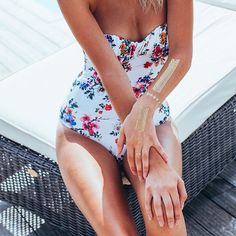 memories stay forever ... it was a fantastic summer ... hot shiny and prtty  #poolside #summerdress #summerstyle #beachstyle #skinjewelry #prtty #feelprtty