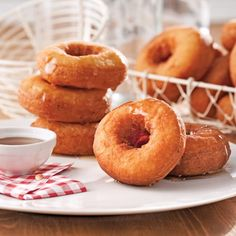Beignes aux patates Potato Doughnuts Recipe, Baking Without Eggs, Beignets, Christmas Cooking, Creative Food, Food Art, Donuts, Smoothies, Deserts