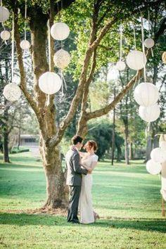 Decoração de casamento simples: luminárias de barbante