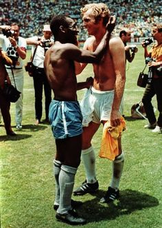 07 June 1970 Pele and Bobby Moore World Cup semifinals Mexico 1970 John Varney photo