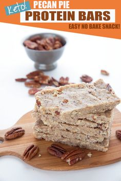 Homemade keto protein bars that taste like pecan pie! You simply can't go wrong with a healthy no-bake energy bar, filled with healthy fats and collagen protein. Low Carb Bars, Low Carb Protein Bars, Keto Bars, Protein Cake, Protein Muffins, Protein Cookies, High Protein, No Bake Snacks, Keto Snacks