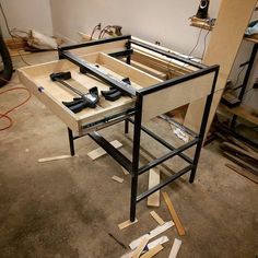 Sorry this drawer only holds two clamps. #projectsouthdesign
