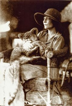 Alice de Janzé with her pet lion cub Samson at 4 months old, at her farm near Gilgil, Kenya