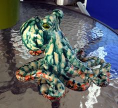 Mottled Green and White Octopus by ClayCephalopods on Etsy