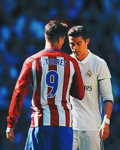 Cristiano Ronaldo (R) of Real Madrid CF reacts as Fernando Torres (L) of Atletico de Madrid speaks to him during the La Liga match between Real Madrid CF and Club Atletico de Madrid at Estadio Santiago Bernabeu on April 2017 in Madrid, Spain. Soccer Stars, Football Soccer, Football Players, Worldcup Football, Football Stuff, Spanish Soccer Players, Soccer Tumblr, Cristiano Ronaldo Quotes, Fernando Torres