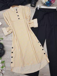 Modest Fashion Hijab, Pakistani Fashion Casual, Muslim Fashion, Fancy Dress Design, Stylish Dress Designs, Kurta Designs Women, Blouse Designs, African Print Dress Designs, Stylish Dresses For Girls