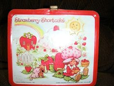 Vintage lunchbox. Strawberry shortcake. NICE!!
