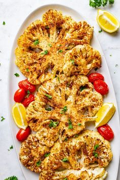 Easy cauliflower steaks recipe is made with blackened seasoning and roasted in t… – Bloğ Roasted Cauliflower Steaks, Vegan Cauliflower, Cauliflower Recipes, Best Cauliflower Steak Recipe, Vegan Recipes Easy, Whole Food Recipes, Vegetarian Recipes, Cooking Recipes, Simply Recipes