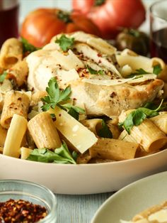 Save the recipe! Chicken Rigatoni, Best Dishes, Recipe Of The Day, Macaroni, Grilling, Recipes, Food, Macaroons, Crickets