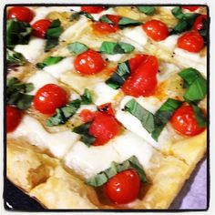 Caprese Tart #Easy #Appetizer #Recipe that I made last night- Puff pastry, mozzerella, tomatoes, olive oil, salt and pepper- Put in oven for about 15min until golden brown. Top with fresh basil. #BOOM